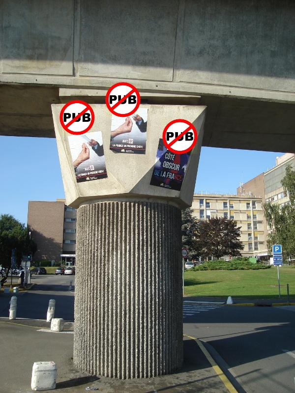 bourg-affichage-sauvage-stop-metro